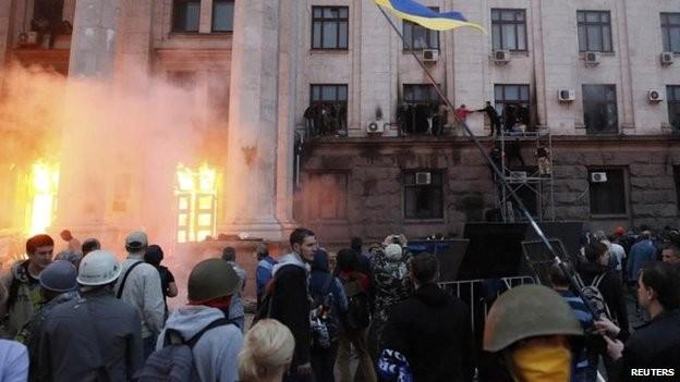 Đảng Các khu vực kêu gọi quyền Tổng thống Ukraine từ chức ảnh 1