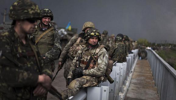 10 lính Ukraine bị bắn chết do phản chiến, Donbass lập đơn vị nữ dân quân ảnh 1