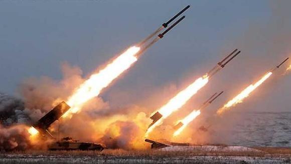 Moscow dọa đè bẹp các hỏa điểm nếu Kiev còn pháo kích sang Nga ảnh 1