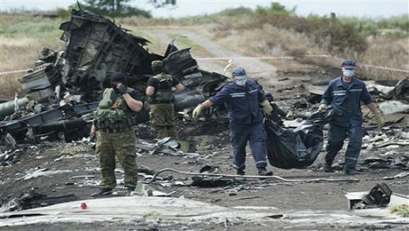 Nga xác nhận vệ tinh theo dõi tên lửa của Mỹ bay qua Ukraine lúc MH17 bị rơi ảnh 1