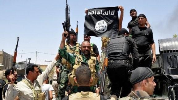 Phương Tây đã cung cấp vũ khí chết người cho ISIS ảnh 1