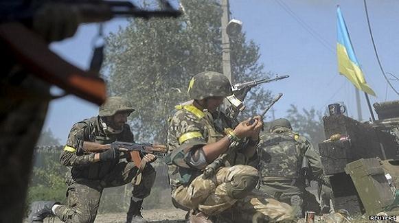 Lực lượng ly khai đồng ý mở vòng vây cho lính Ukraine theo đề nghị của Nga ảnh 1
