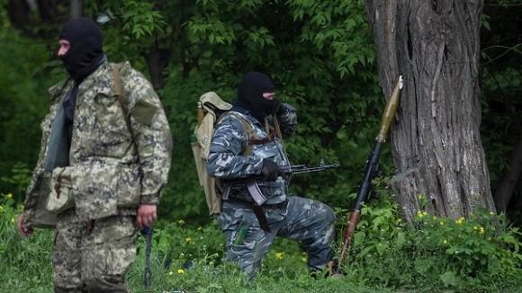 Moscow bác thông tin 2.000 lính Nga đã thiệt mạng ở miền đông Ukraine ảnh 1