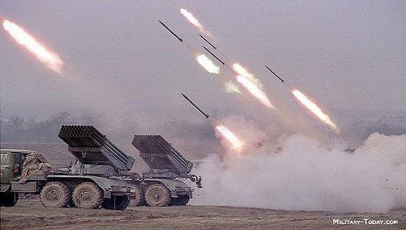 Chính phủ và ly khai cùng tăng cường lực lượng, Donbass sẽ đi về đâu? ảnh 1