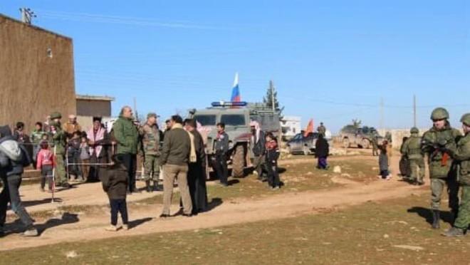Syria: Nga tăng cường quân tiếp viện đến mặt trận Al-Raqqa ảnh 1