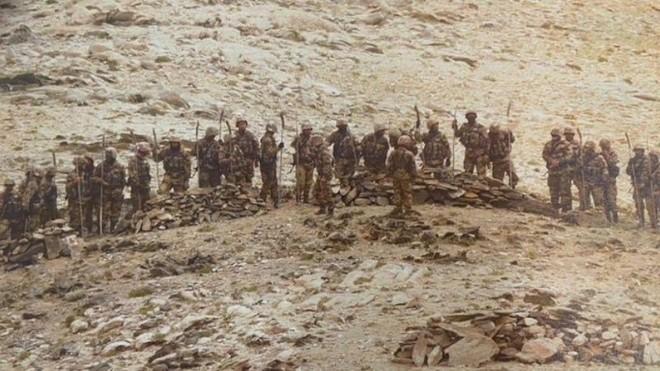 Binh sĩ Trung Quốc tập trung ở biên giới Ấn Độ sẵn sàng cho chiến tranh? ảnh 1