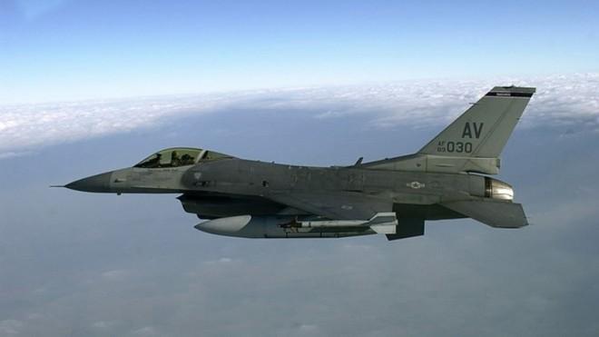 Thổ Nhĩ Kỳ bác cáo buộc sử dụng radar S-400 'soi' chiến đấu cơ F-16 Mỹ ảnh 1