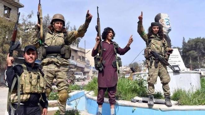 Phiến binh Syria bị tổn thất nặng nề trong trận chiến chống Armenia ảnh 1