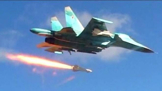 Chiến đấu cơ Nga truy đuổi IS trên khắp miền Trung Syria ảnh 1