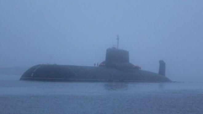 Anh lo lắng khi ba tàu ngầm hạt nhân Nga tiếp cận bờ biển ảnh 1