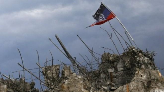 Báo Nga: Donetsk và Lugansk sẽ đầu hàng và trở về Ukraine? ảnh 1