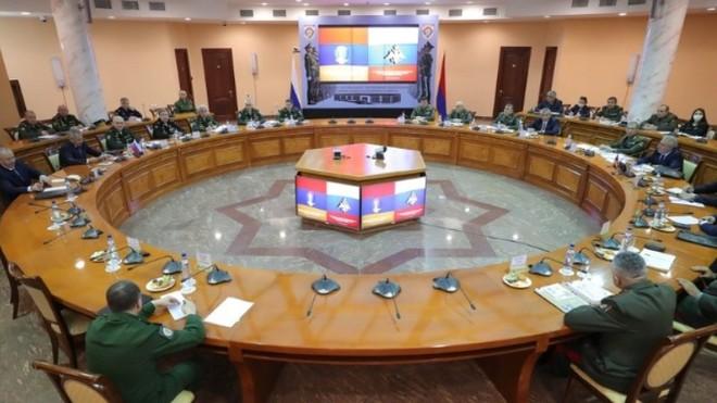 Nga, Armenia ký các văn bản về quy định hành động của lực lượng gìn giữ hòa bình ảnh 1