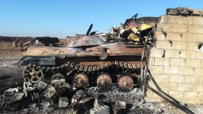 Thổ Nhĩ Kỳ tấn công phá hủy xe bọc thép của SAA ở Đông Bắc Syria ảnh 1