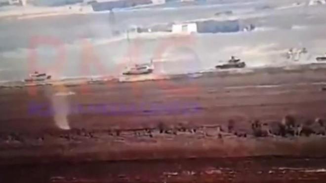 Thổ Nhĩ Kỳ triển khai hàng chục xe tăng đến Syria, chuẩn bị tấn công Ain Issa ảnh 1