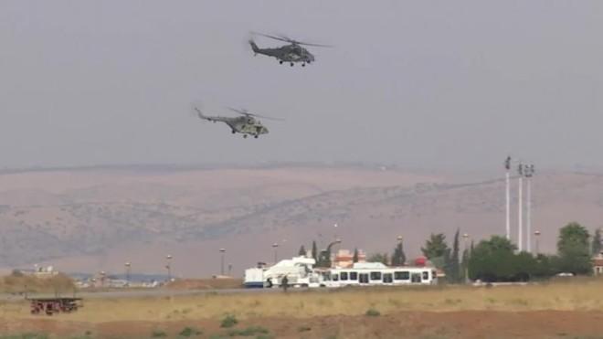 Người Kurd đe dọa chiếm căn cứ không quân của Nga ở Syria ảnh 1