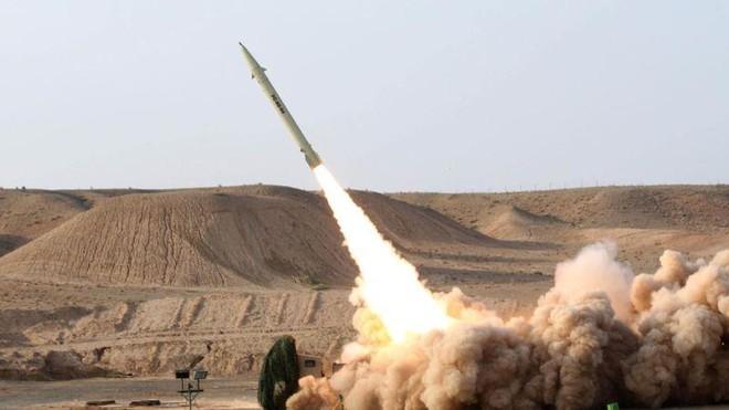 Iran thử nghiệm tên lửa đạn đạo và UAV mới trong cuộc tập trận quy mô lớn ảnh 1