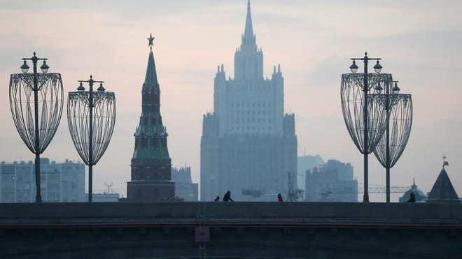 Đáp trả Matxcơva, 3 nước EU cùng quyết định trục xuất các nhà ngoại giao Nga ảnh 1