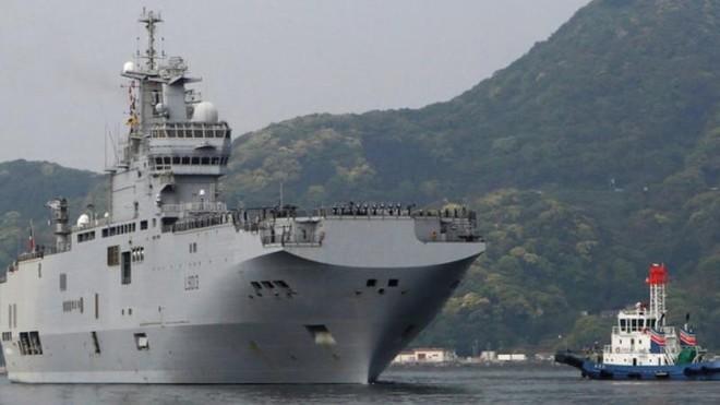 Nga tiết lộ tính năng chiến đấu của các tàu sân bay trực thăng thuộc Đề án 23900 ảnh 1