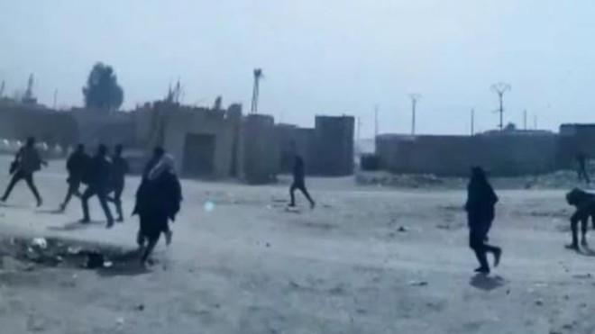 Quân đội Mỹ ở Syria nổ súng vào dân thường? ảnh 1
