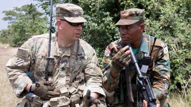 Các cựu quan chức Mỹ đề xuất đóng cửa một số căn cứ quân sự ở nước ngoài ảnh 1