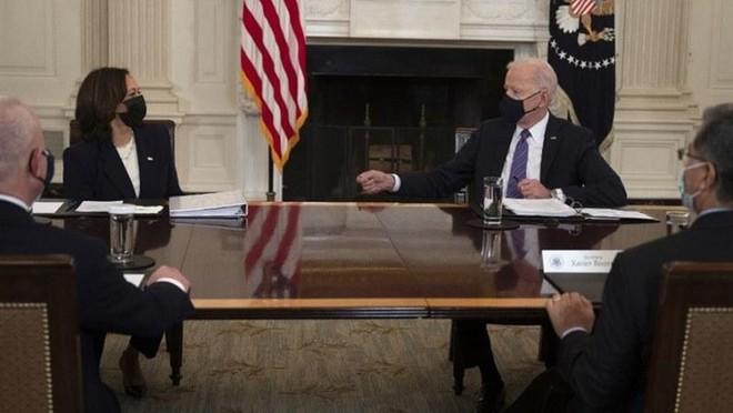 Phó Tổng thống Mỹ Harris được chỉ định giải quyết vấn đề di cư ảnh 1