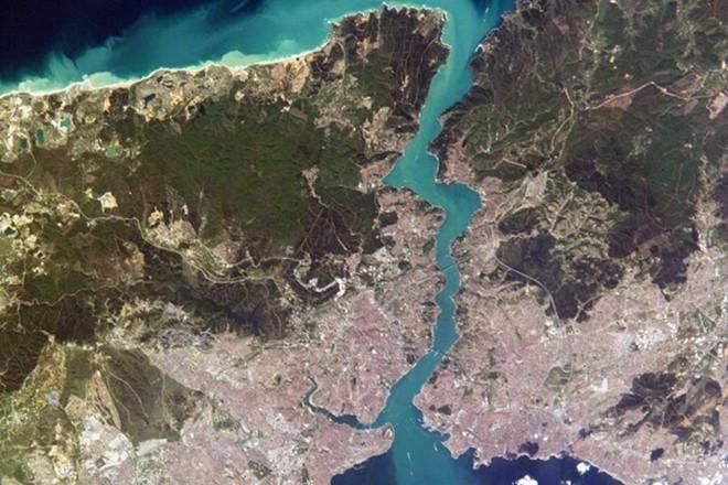 [ẢNH] Thổ Nhĩ Kỳ dự định cấm tàu Nga đi qua eo biển Bosphorus ảnh 5