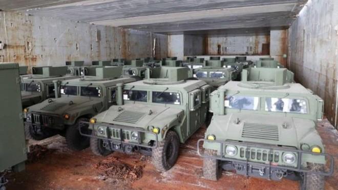 Mỹ gửi một lượng lớn xe bọc thép cho Ukraine để tham chiến ở Donbass? ảnh 1