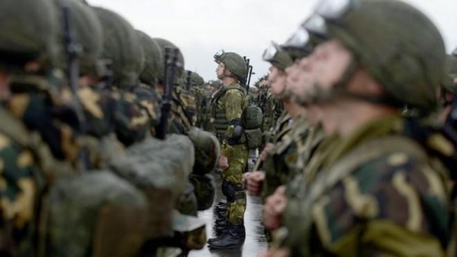 Belarus kéo lượng lớn thiết bị quân sự đến biên giới với Ukraine ảnh 1