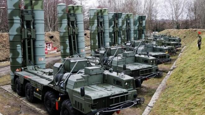 Nga khẩn cấp chuyển thêm các hệ thống phòng không tối tân đến Crimea ảnh 1