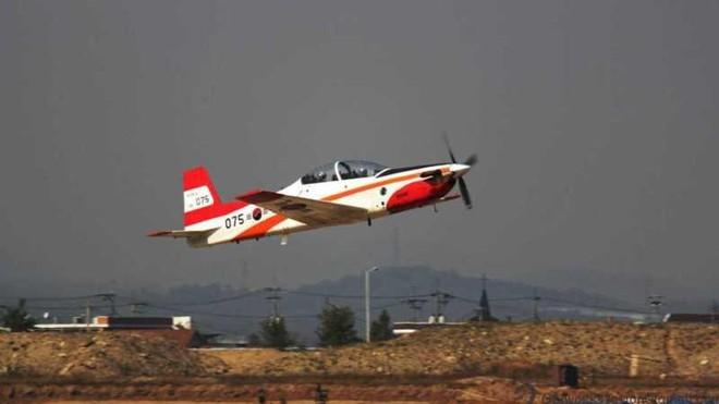 Máy bay huấn luyện quân sự Thổ Nhĩ Kỳ rơi ở Aegean ảnh 1