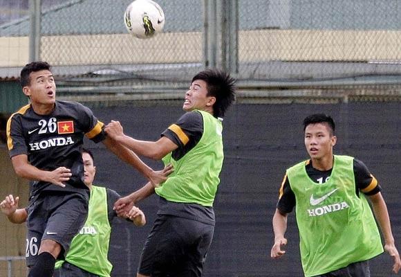 Lĩnh ấn tiên phong, U23 VN sang Myanmar bằng chuyên cơ ảnh 1