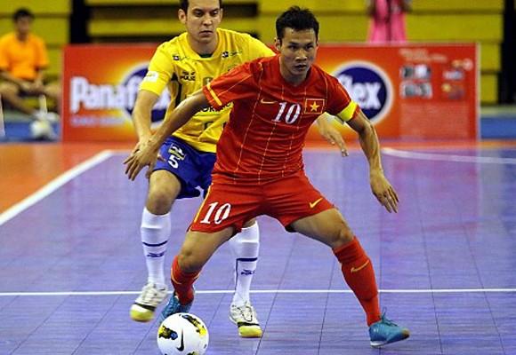 Tuyển Futsal VN gây sốc khi hạ ĐKVĐ thế giới Brazil ảnh 1
