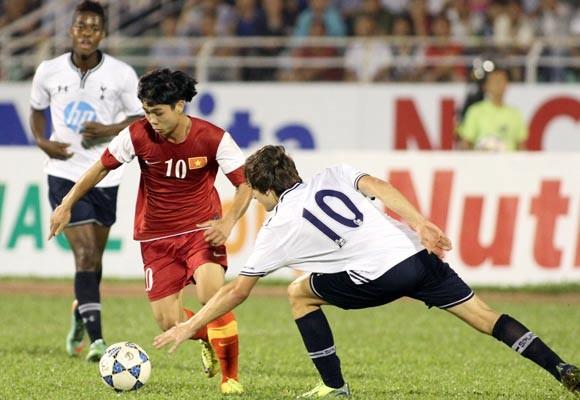 U19 Việt Nam thử sức với U19: Arsenal, Fulham và Tottenham ảnh 1