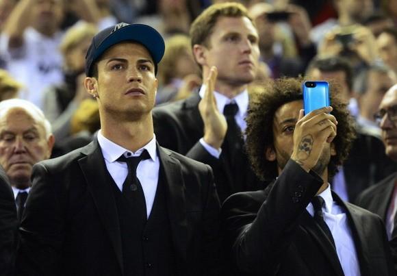 """Ronaldo trở lại tập luyện trước """"đại chiến"""" Bayern ảnh 1"""
