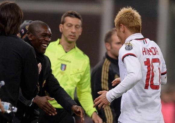 Seedorf hổ thẹn vì được so sánh với HLV Ancelotti ảnh 1