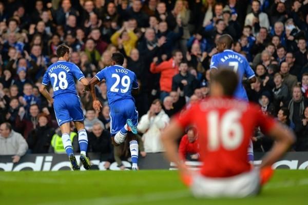 Chelsea đã đè bẹp M.U như thế nào? ảnh 4