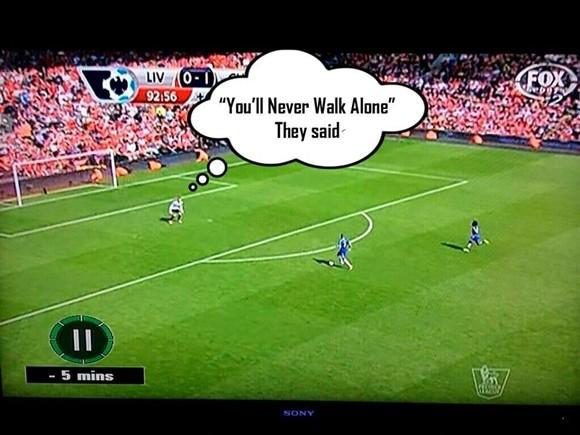 Cười ra nước mắt với ảnh chế Liverpool trượt ngã trước Chelsea ảnh 4