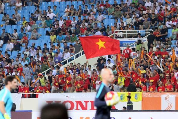 ĐT Việt Nam 1 - 8 Man City: Đẳng cấp vượt trội ảnh 4