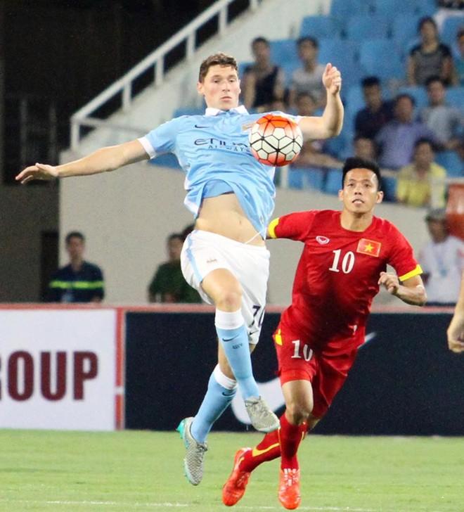 ĐT Việt Nam 1 - 8 Man City: Đẳng cấp vượt trội ảnh 12