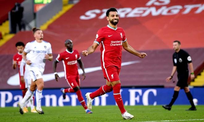 Liverpool 4-3 Leeds: Hattrick của Salah giải cứu đương kim vô địch ảnh 1