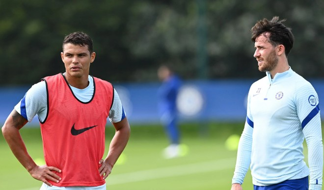 2 hậu vệ tân binh Chelsea cùng xuất hiện trước đại chiến với Liverpool ảnh 1