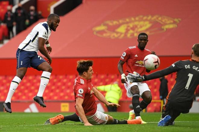 Dẫn trước từ phút 2, M.U vẫn bị Tottenham nhấn chìm ngay tại Old Trafford ảnh 2