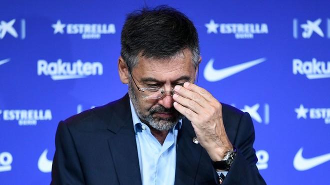 """Chủ tịch Bartomeu từ chức, Messi gỡ được """"cái gai trong mắt"""" ảnh 1"""