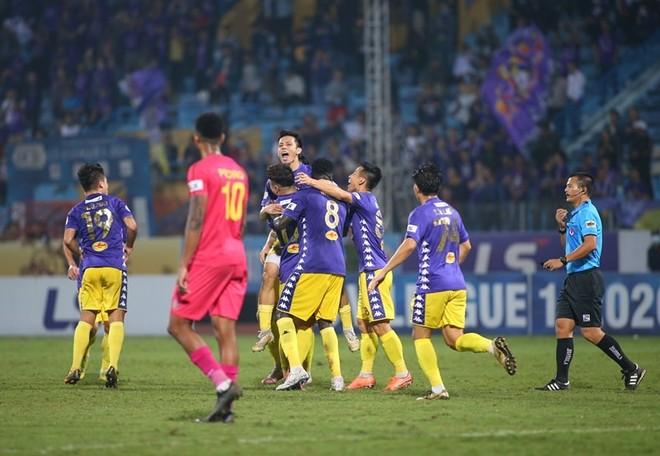 Hà Nội FC đẩy cuộc đua vô địch lên đỉnh điểm căng thẳng ảnh 2