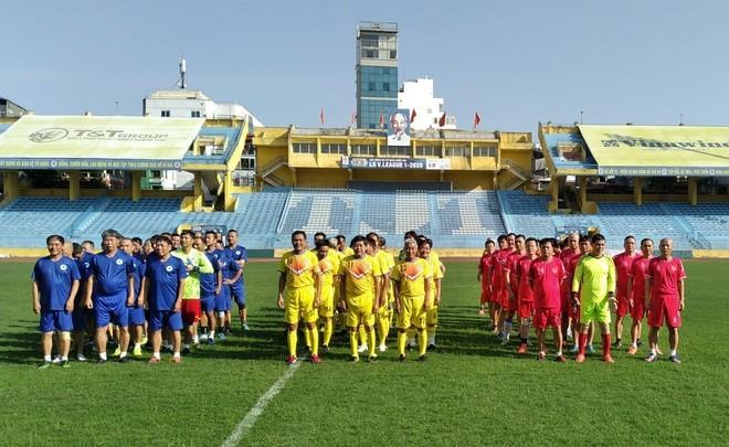 Giải đấu quy tụ 3 đội bóng lừng lẫy một thời của bóng đá Việt Nam ảnh 1