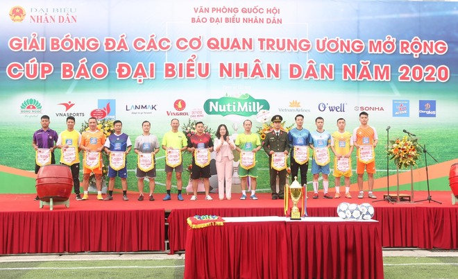 Khai mạc Giải bóng đá các cơ quan Trung ương Mở rộng cúp Báo Đại biểu Nhân dân 2020 ảnh 1