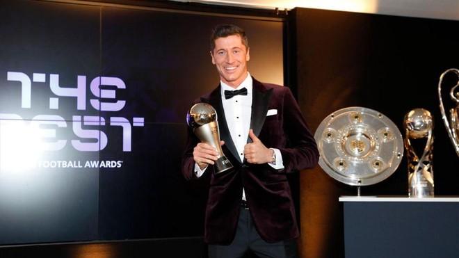 Áp đảo Ronaldo và Messi, Lewandowski giành giải The Best 2020 ảnh 1