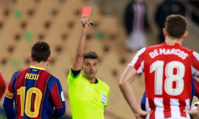 Lần đầu nhận thẻ đỏ tại Barca, Messi đối mặt án phạt rất nặng ảnh 1
