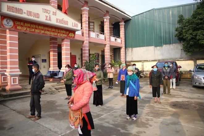 Mang Tết vui đến với đồng bào nghèo ở Lai Châu ảnh 3