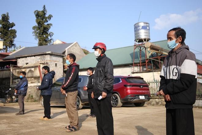 Mang Tết vui đến với đồng bào nghèo ở Lai Châu ảnh 8